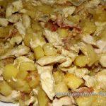 Straccetti di pollo alle mele e pancetta