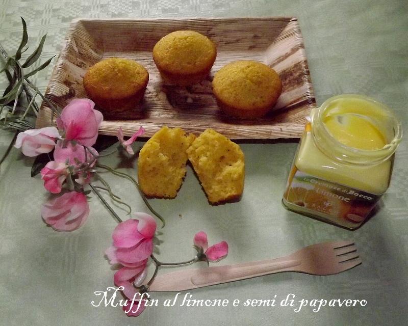 muffn al limone e semi di papavero