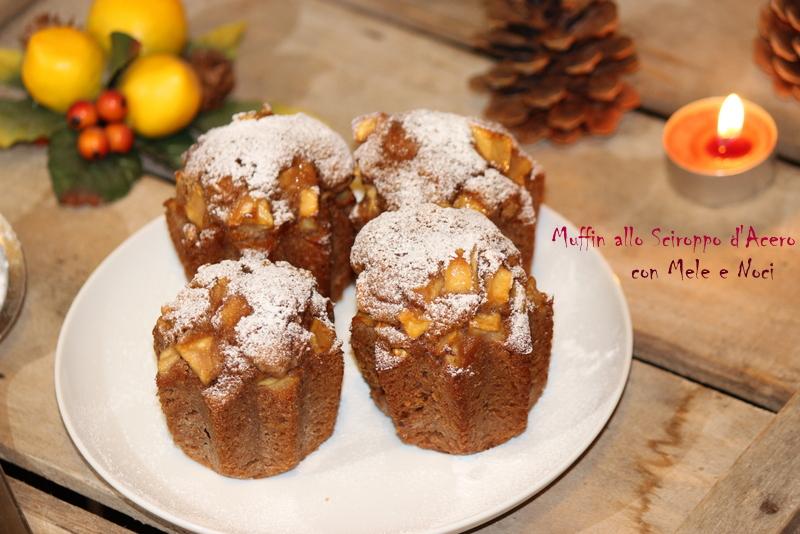 muffin con sciroppo d'acero mele e noci