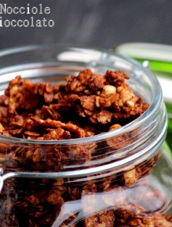 granola-cioccolato-e-nocciole