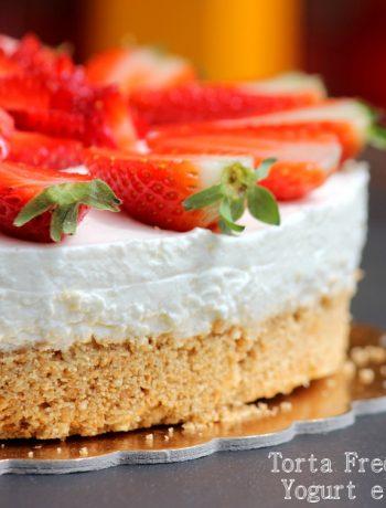 torta-fredda-allo-yogurt-e-fragole