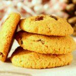 Cookies con farina di mais e uvetta