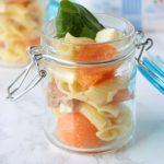 Pasta fredda con melone,feta e prosciutto crudo