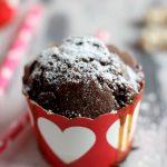 Muffin al cioccolato con cuore di caramello salato