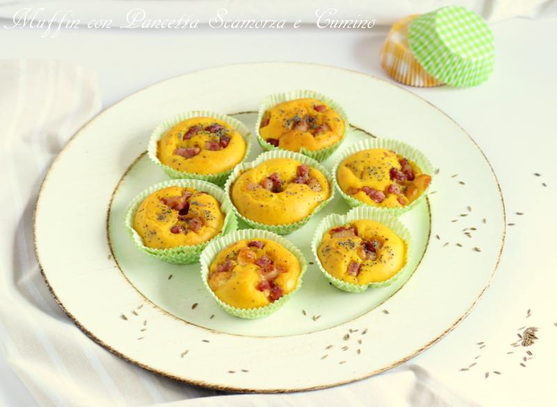 muffin con pancetta scamorza cumino e semi di papavero