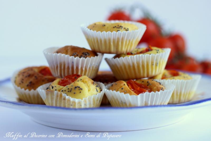 ricetta facile per muffin al pecorino e pomodorini