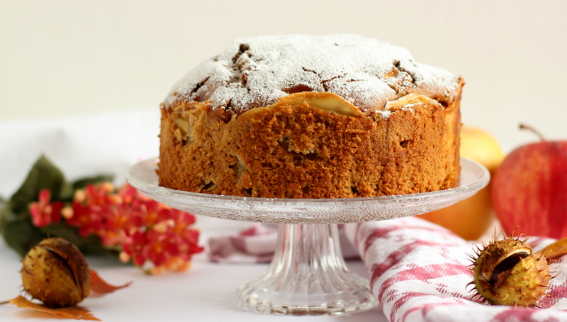 torta di mele e farina di castagne