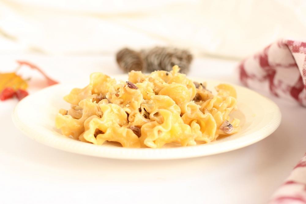 pasta radicchio noci e gorgonzola