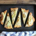 Focaccia senza lievitazione con zucchine e stracchino