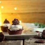Crostatine di frolla al cacao con mousse alla crema di marroni