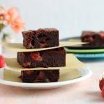 Brownies al cioccolato e fragole