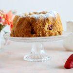 Bundt cake panna e fragole