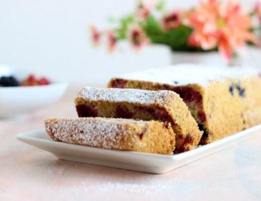 plumcake-ai-frutti-rossi