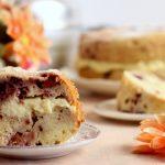 Ciambellone ai frutti rossi con crema al cioccolato bianco in Pentola Fornetto
