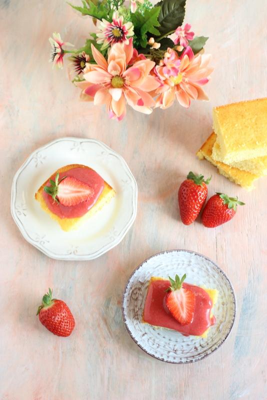torta-al-limone-con-coulis-di-fragole