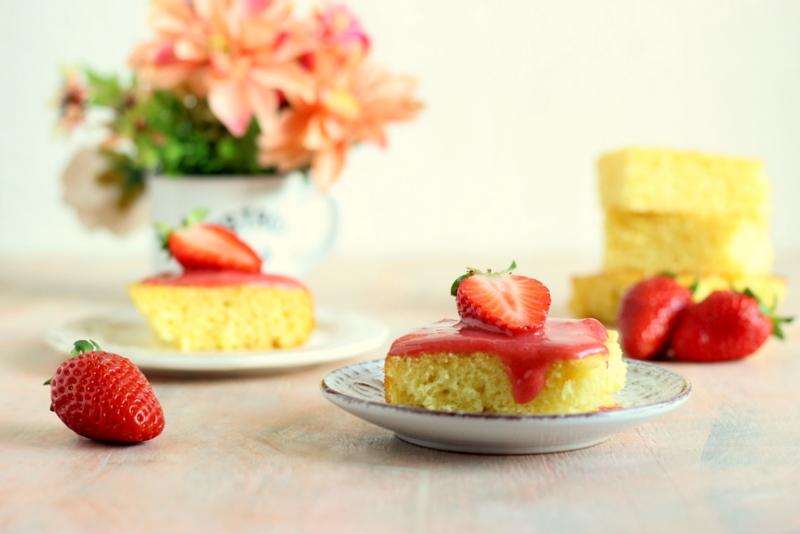 torta-limone-e-coulis-di-fragole